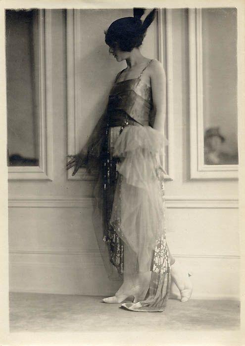 1920's photo by Charles Gates Sheldon via myvintagevogue.com