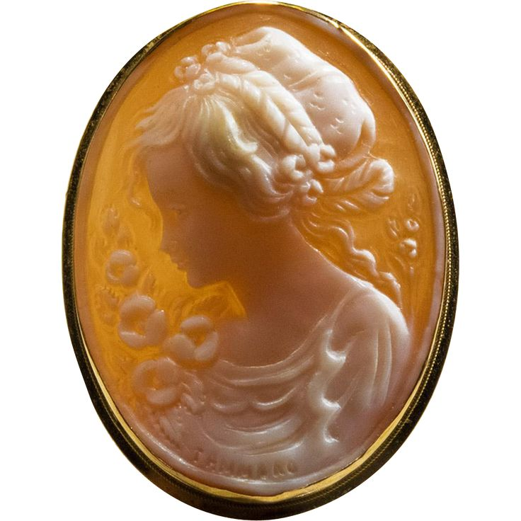 Hand Carved Shell Cameo 18k 750 Gold Signed Cameo Brooch Pendant