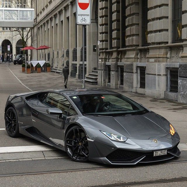 Huracan • Follow @StickerCity • • Restyle your vehicle • • With a high quality custom wrap • • www.stickercity.com • _____________________________ • Photo by: @srs_swissrichstreets