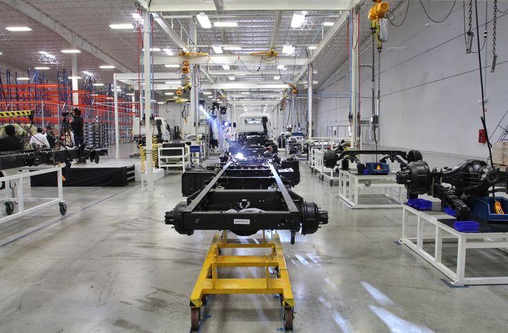 Crece exportación de autos en México pese a Trump
