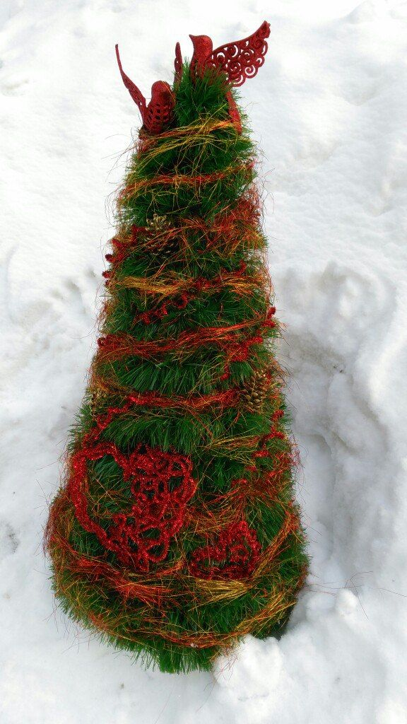 Новогодний декор. Новогодний декор витрины магазина.Ёлочка из мишуры своими руками #xmastree