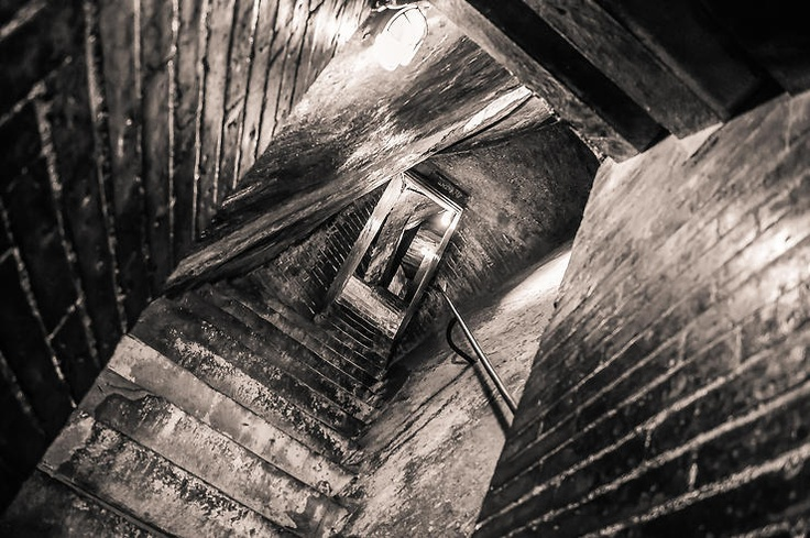 Claustrofobia by Peppe Torre @ http://adoroletuefoto.it