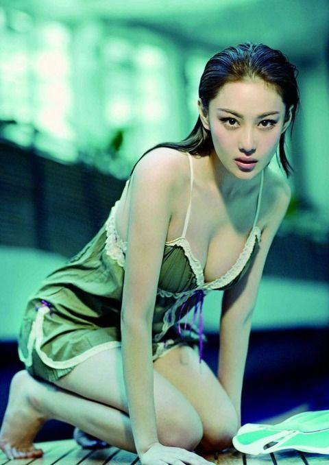 Zhang Xin Yu.