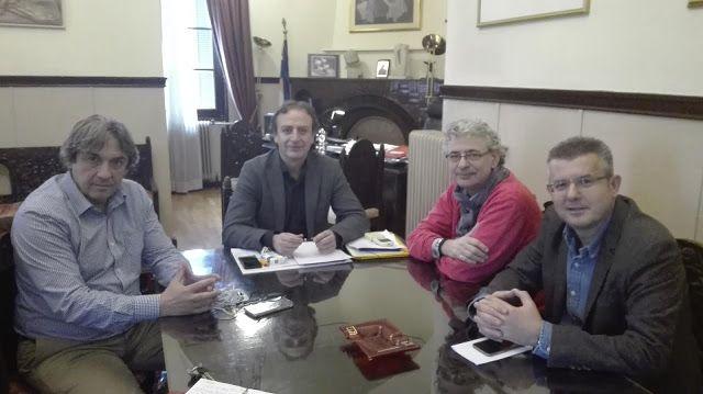 ΝΕΑ ΑΠΟ ΤΑ ΓΙΑΝΝΕΝΑ ΚΑΙ ΤΗΝ ΗΠΕΙΡΟ: ΓΙΑΝΝΕΝΑ:Συνάντηση του Δημάρχου, με τον βουλευτή  ...