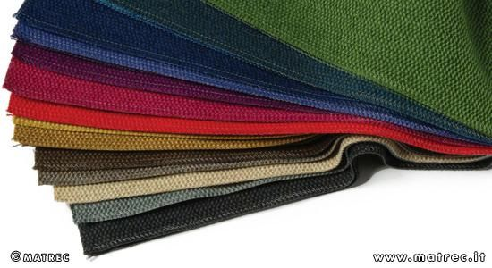 MATREC code: RPLA0382 Fabric made of 78% recycled polyester fibres.