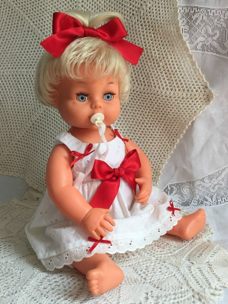 VINTAGE TINY TEARS DOLL RARE TOP KNOT PONY TAIL WITH ORIGINAL DUMMY/PACIFIER in Dolls & Bears, Dolls, Clothing & Accessories, Vintage Dolls | eBay