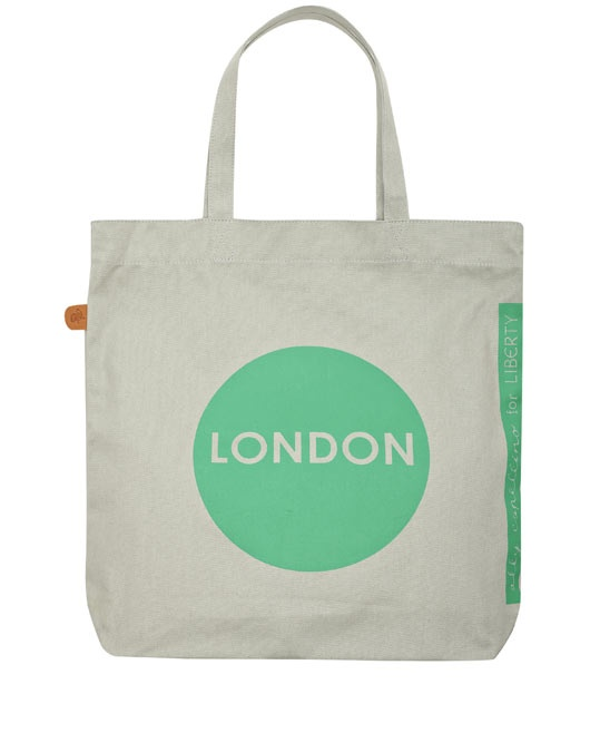 Green London Tote Bag by Ally Capellino. #lifeinstyle #greenwithenvy: Latest Ally, Capellino Collection, Capellino 30, Leather Bags, Tote Bags, Ally Capellino