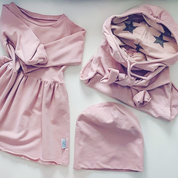 W zgaszonym różu https://kropeczka.net/pl/searchquery/dusty+pink/1/phot/5?url=dusty,pink