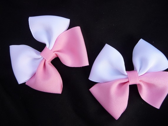 Pink and White Little Masher Piggie Hairbow by ThELaUgHyGiRaFfY, $7.00