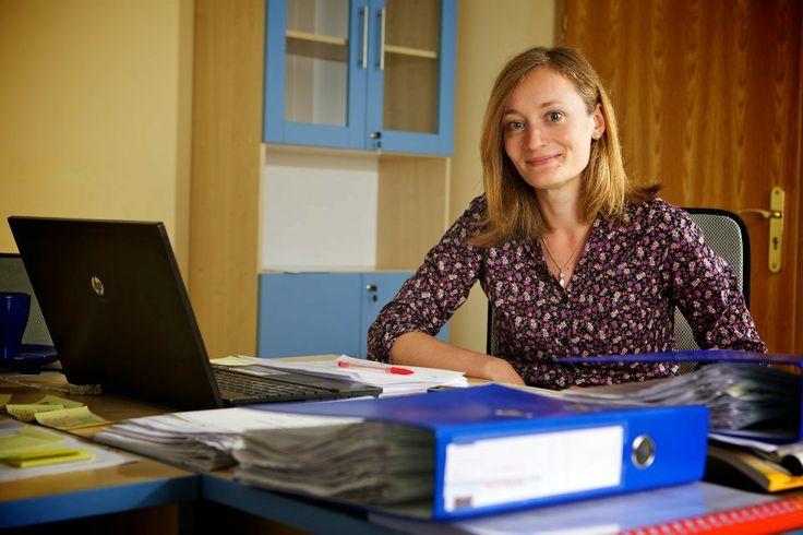 Mgr. Marija Culibrk Koordinatorin des IVF-Programms. Auch bei so einer anspruchsvoller Arbeit, werden Sie diese junge Dame nie ohne ein Lächeln sehen.