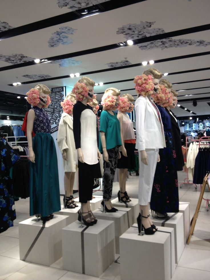 the sound of SPRING,Topshop, Oxford Circus, LONDON, pinned by Ton van der Veer
