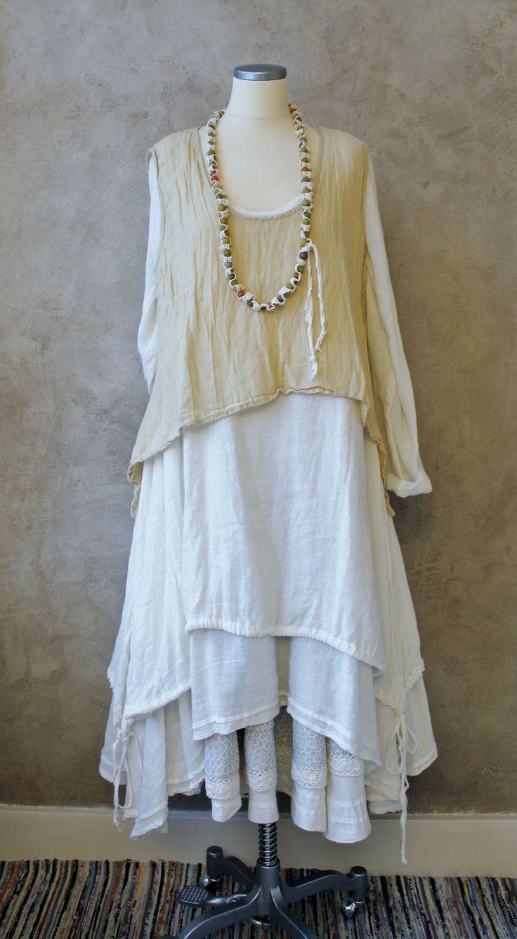 KOMBINATIONER - Östebro- I'd wear any of these dresses.