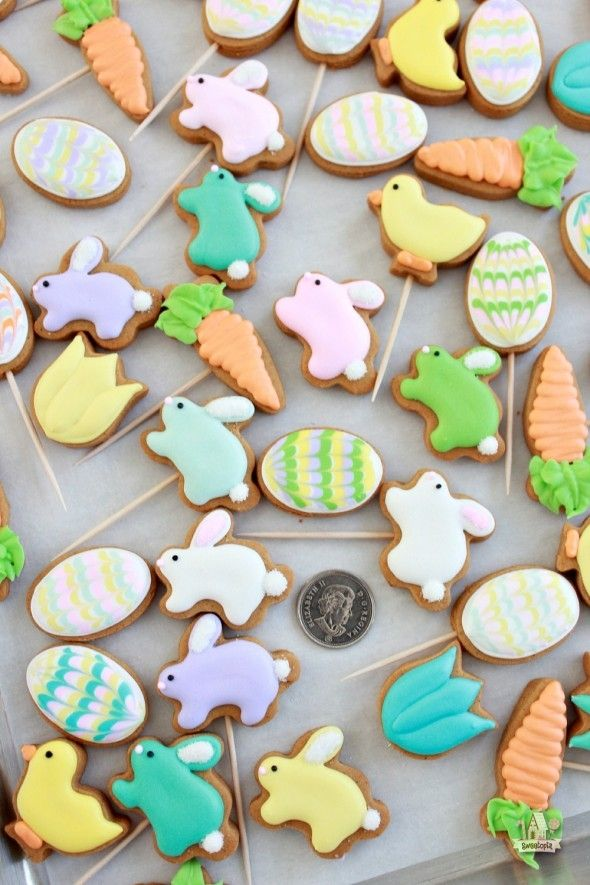 Easy Mini Easter Cookie Pops
