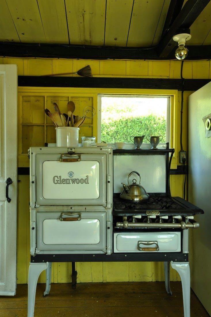 407 best Vintage kitchen stoves, Fridges/misc. images on Pinterest ...