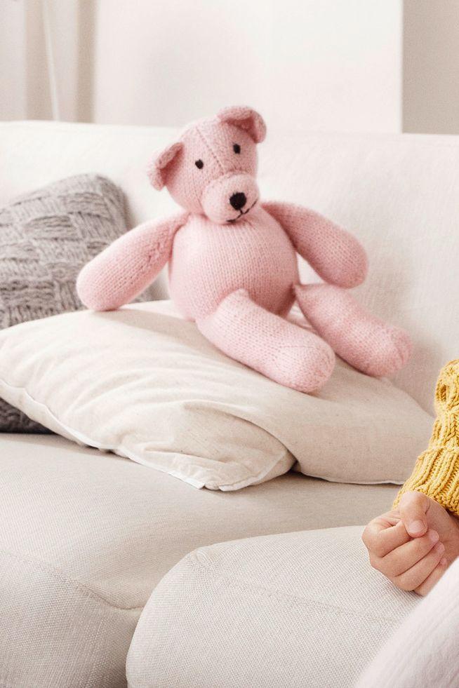 Kostenlose Anleitung: Gestrickter Teddy - Initiative Handarbeit