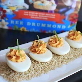 Sriracha Deviled Eggs @Reena Dasani Drummond | The Pioneer Woman www ...