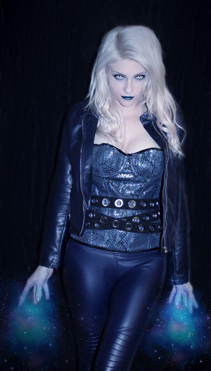 Killer Frost CW cosplay @whoanerdalert
