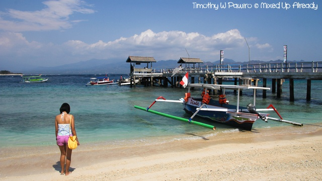 A bridge at Gili Trawangan (Lombok) pier. For more story about this trip, please go to: http://wp.me/p1VkQt-QE