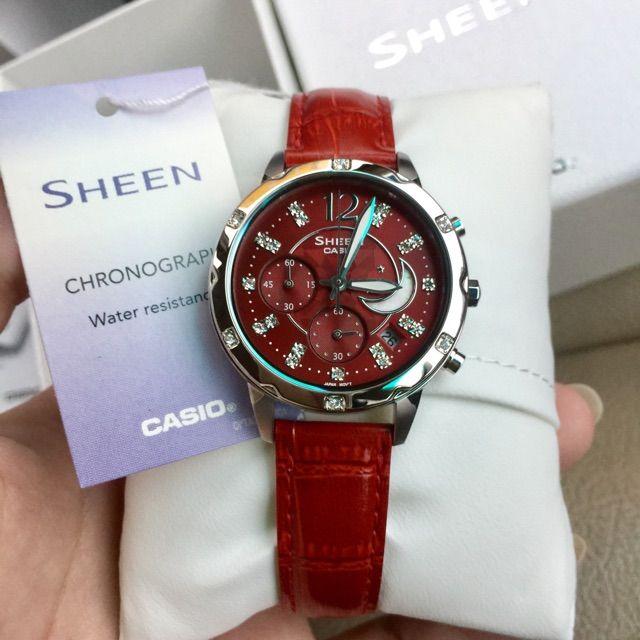 นาฬิกาข้อมือ Casio Sheen Chronograph รุ่น SHE-5017L-4ADF นาฬิกาข้อมือผู้หญิง