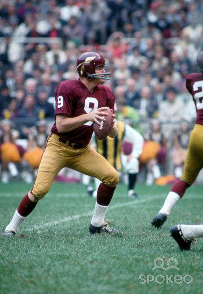 1967 Washington Redskins Season | Washington Redskins quarterback (9) Sonny Jurgensen in action during ...