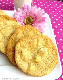 Rezepte mit Herz ♥: Subway Copycat White Chocolate Macadamia Cookies
