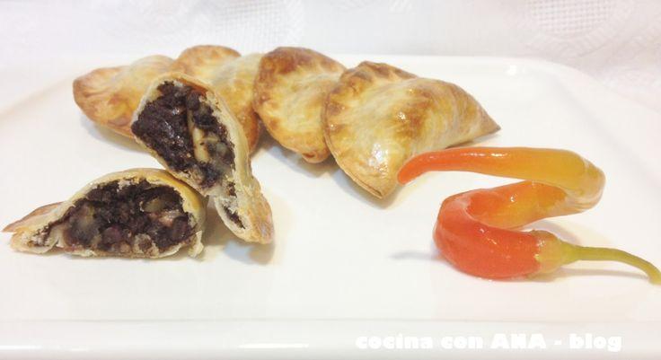 cocina con ANA: EMPANADILLAS DE MORCILLA CON MANZANA