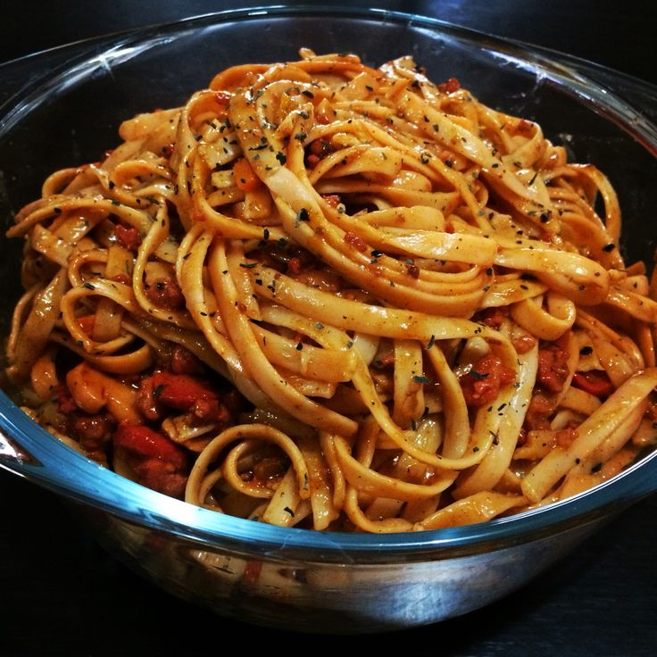 Linguini in Red Sauce
