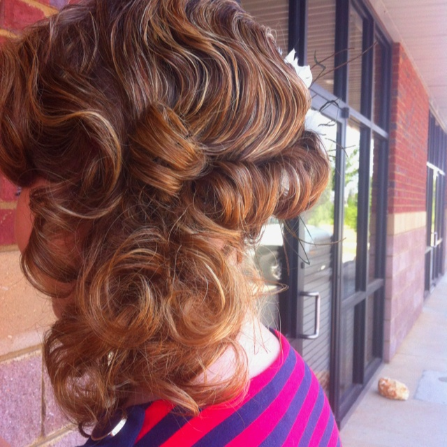 Set with pin curls and finger waves