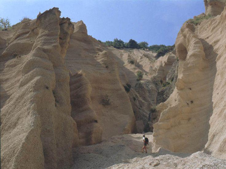 Valle del Fiastrone - Gola delle Lame Rosse