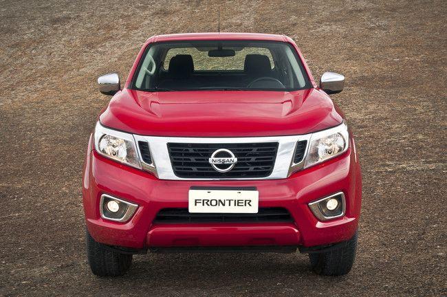 Nissan apresenta Frontier SE, a versão mais básica da família   A linha da picape Nissan Frontier ganha mais uma opção com o lançamento da inédita versão SE. A novidade – e também mais acessível – tem preço sugerido de R$ 150.990 e já está à venda nas mais de 160 revendas da marca […]