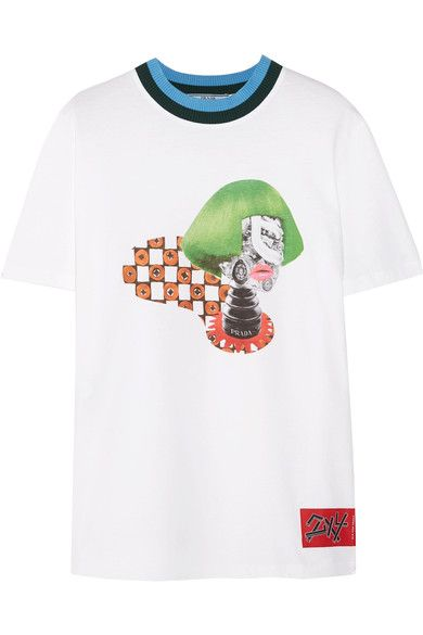 """Prada presented Spring '17 in a """"dreamscape"""" show space with film installations by American Hustle's David O. Russell and the New York design studio, 2x4. This T-shirt is detailed with a collector's tag at the hem. It's cut from white cotton-jersey with ribbed-knit trims and printed with a surrealist image of VOGUE's iconic Editor-in-Chief, Anna Wintour."""