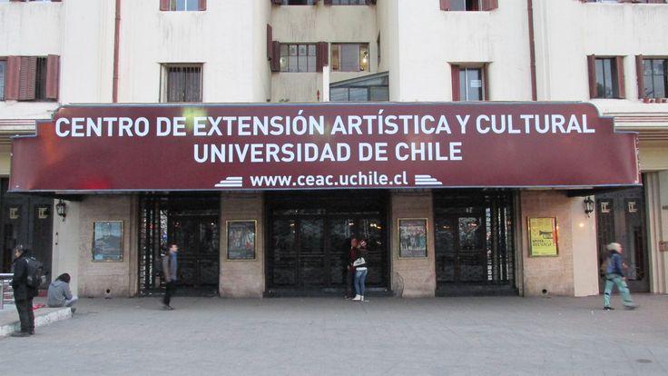 Centro de Extensión Artistica y Cultural Universidad de Chile (Plaza Italia).