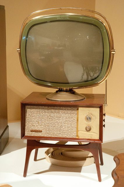 This TV looks more futuristic than a flat LED monitor. - Old TV set by onate photography, via Flickr