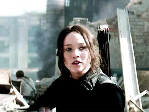 Katniss. You can see that the tip of the arrow is red! The three types of arrows!
