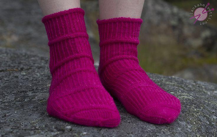 Bones-sukat, lanka Louhittaren luola Väinämöinen