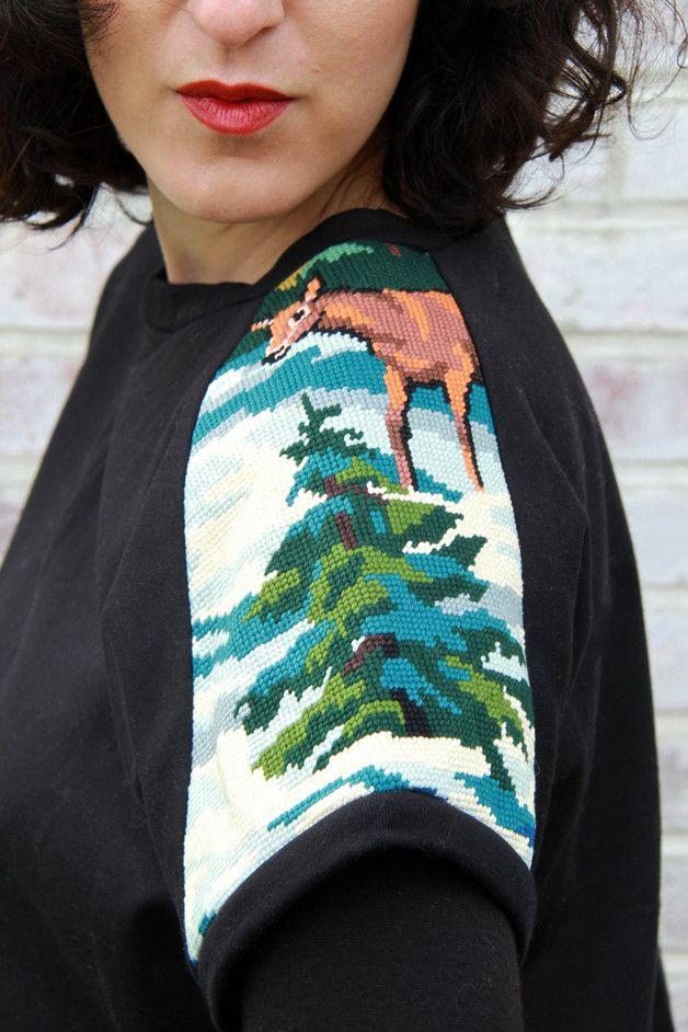 Belle idée pour toutes celles qui ont fait du canvas petites... comment un tableau Kitch peut rendre un vêtement original et fashion !!!