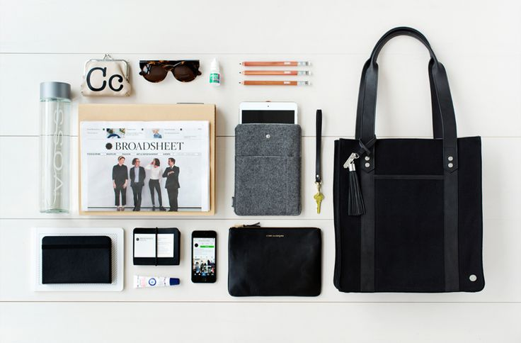#kikkik Caroline Clements, editor of #Broadsheet, keeps her work life organised in style with the #Canvas Tote Bag. See how to take your workspace on the move here. #carolineclements #totebag #stockholm #swedishdesign #interview