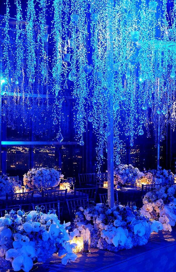 Do you have the blues, we do with this spactacular wedding! Blue wedding ideas, blue wedding decoration, luxury blue weddings, luxury wedding planner