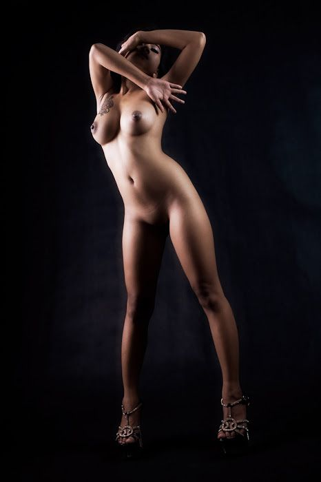 taken with canon 5D at studio