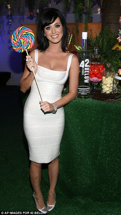 Katy Perry White Party