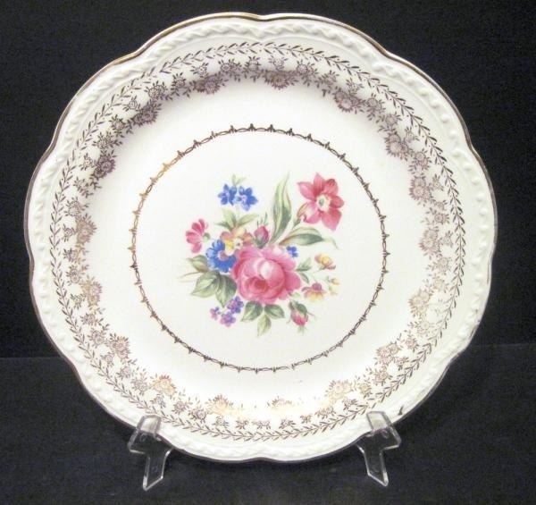 American Beauty By Stetson 22kt Gold Embellished Plate