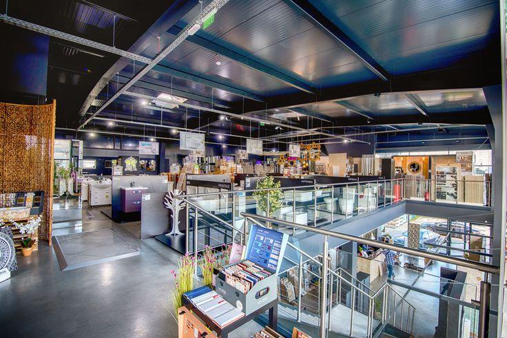 Магазин за баня КЕРАМО - огромно разнообразие от плочки за баня, гранитогрес, фаянс, обзавеждане за баня, смесители за баня и кухня, мивки за баня, огледало за баня, вани,