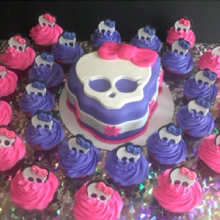 Monster High cake and cupcakes!