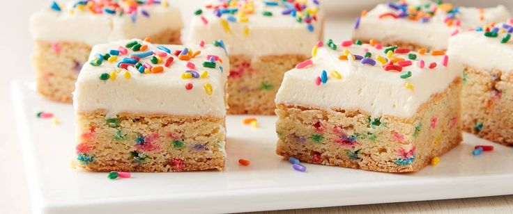 Soft, sweet and oh-so-easy to make with Betty Crocker™ cake and cookie mixes, these clever cookie bars deliver irresistible cake batter flavor.