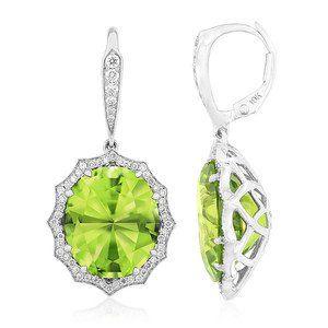 #Love is always #fresh and #radiant. #Gorgeous #Zabargad #Peridot earrings by @Florence #diamonds #luxury