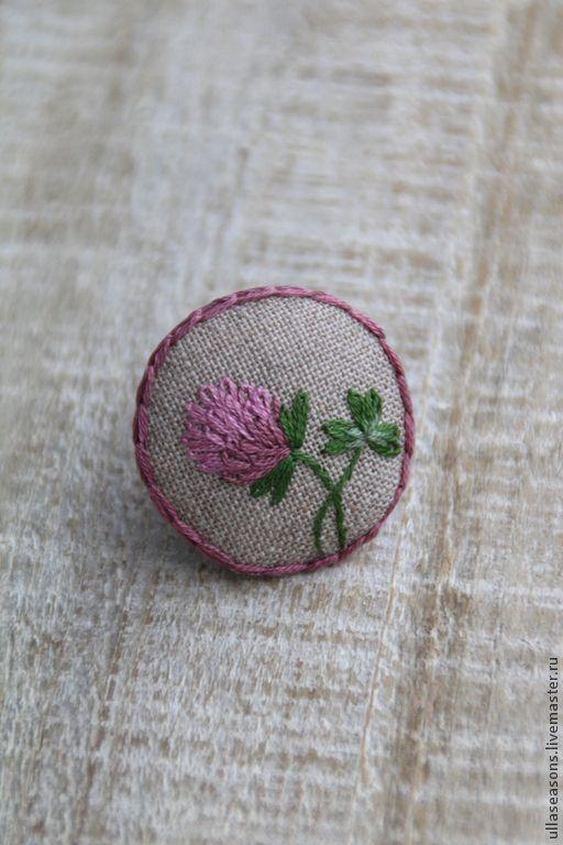 """Купить Брошь """"Клевер"""" - розовый, брошь, брошь с вышивкой, вышитая брошь, вышивка, вышивка ручная"""