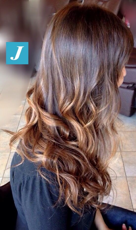 Ad ogni donna il suo stile e il suo Degradé Joelle. #cdj #degradejoelle #tagliopuntearia #degradé #welovecdj #igers #naturalshades #hair #hairstyle #haircolour #haircut #fashion #longhair #style #hairfashion