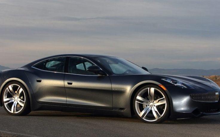 La calandre fait penser à celle de la BMWZ8, et notamment les entrées d'air en haricots. Pas étonnant, Henrik Fisker a signé les deux modèles.