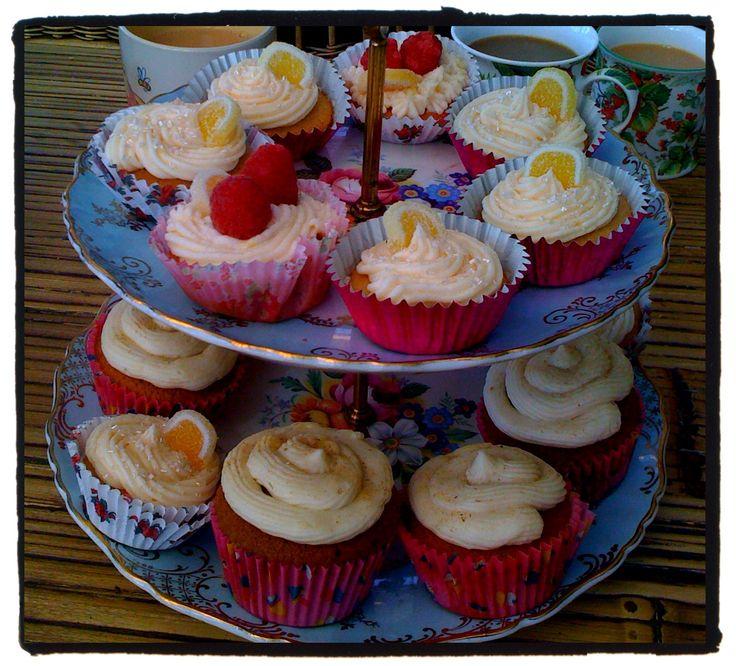 Pink Lemonade, and Dandelion and Burdock cupcakes!