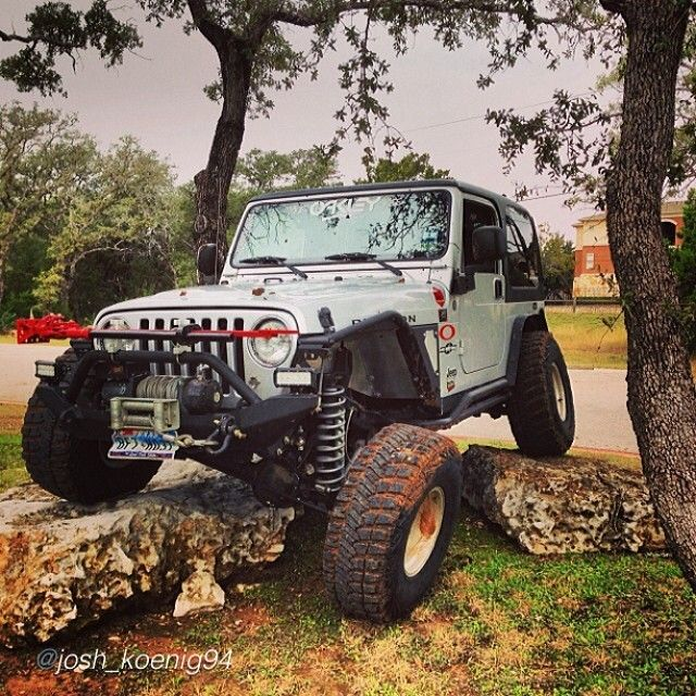 17 best images about jeep life on pinterest 2014 jeep wrangler jeep wranglers and jeep. Black Bedroom Furniture Sets. Home Design Ideas